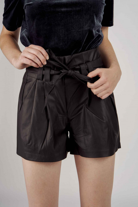 ONLY® Shorts noir 15161263_BLACK img1