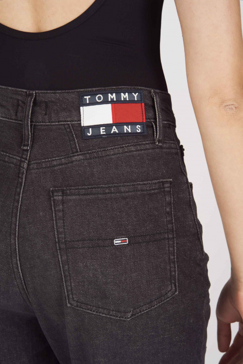 Tommy Jeans Mom Jeans zwart DW0DW07069_1BY ACE BLACK C img5