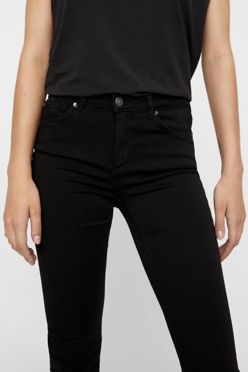 VERO MODA® Jeans slim BLACK DENIM 10158160_BA037BLACK img4