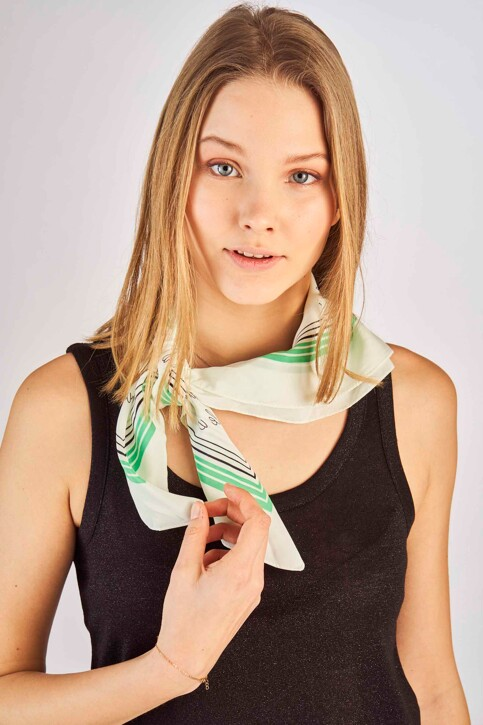 ONLY® Zomersjaals groen 15172496_SIMPLY GREEN img2