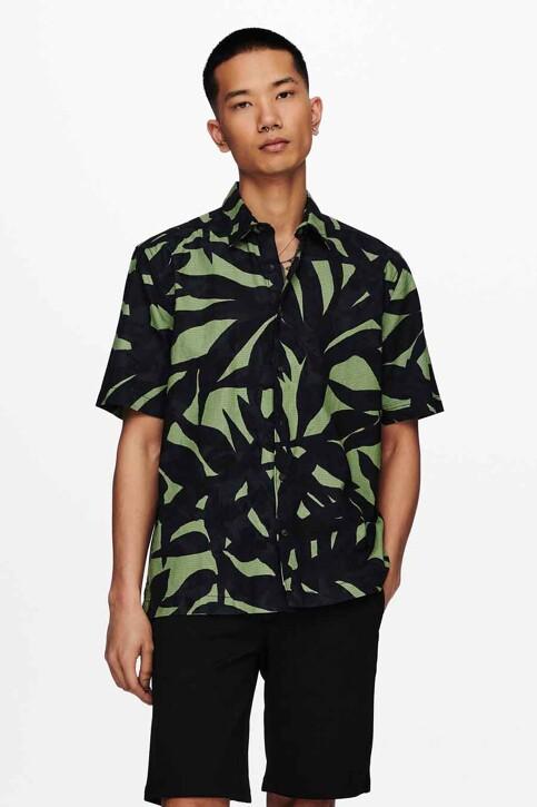 ONLY & SONS® Hemden (korte mouwen) groen 22019186_HEDGE GREEN img1