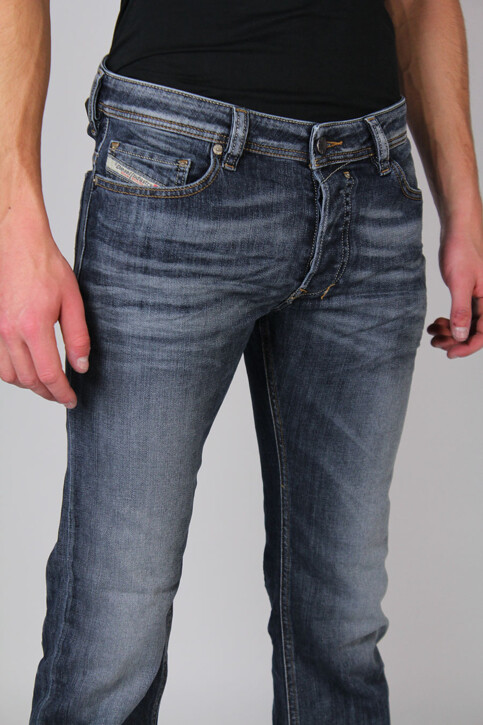 DIESEL Jeans straight gris SAFADO_0885KGREY WASH img5